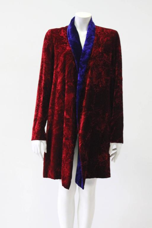 Women's Istante By Gianni Versace Crushed Velvet Evening Coat Fall/Winter 1997 For Sale
