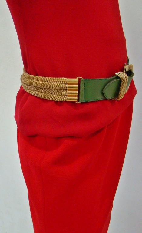 Doppia Vita Green Leather And Gold Chain Belt 1980's In Good Condition For Sale In Athens, Agia Paraskevi
