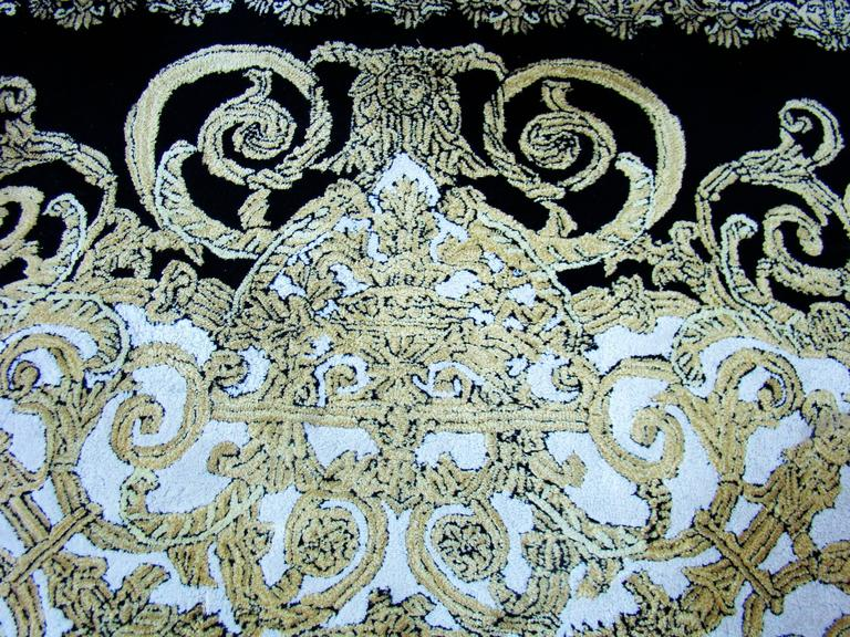 Unique Atelier Versace Hand Tufted Rug From Baroque With Medusa Design  4