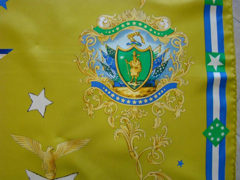 Atelier Versace Flags Printed Silk Scarf In New Never_worn Condition For Sale In Athens, Agia Paraskevi