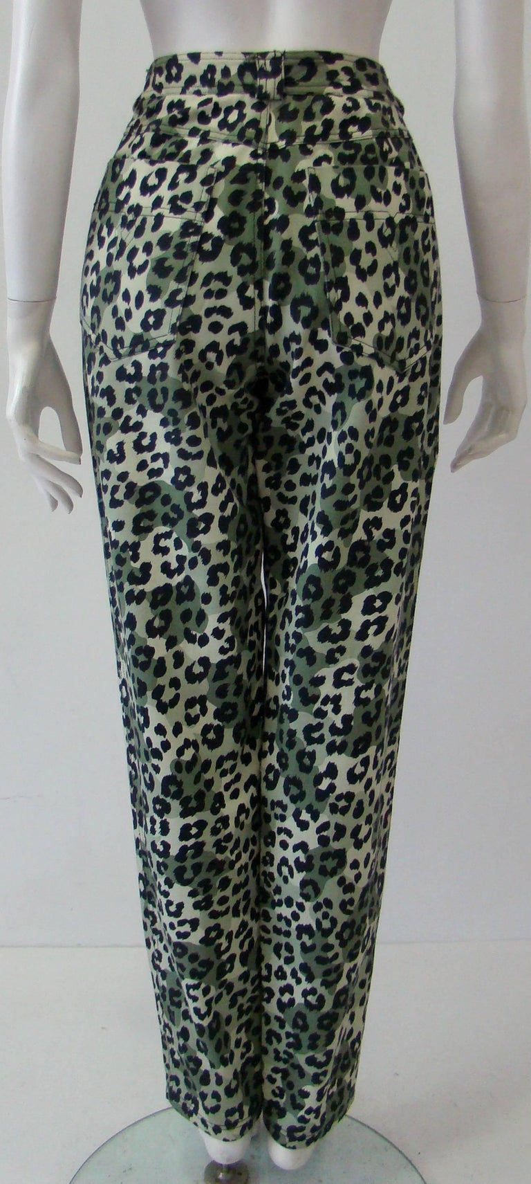 Women's Istante By Gianni Versace Foot Printed Jeans Pants Fall 1992 For Sale
