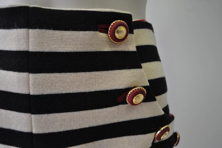 Very Important Atelier Versace Nautical Striped Shorts In New Never_worn Condition For Sale In Athens, Agia Paraskevi