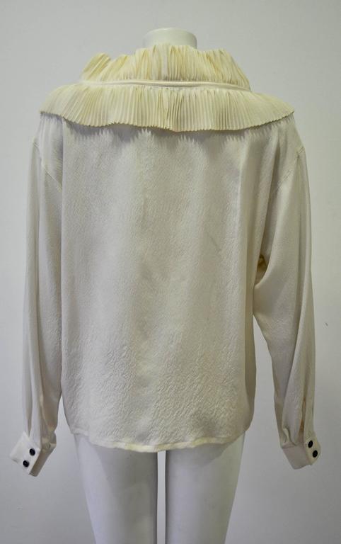 Gray Regal Claude Montana Ruffle Collar Silk Crepe Blouse For Sale