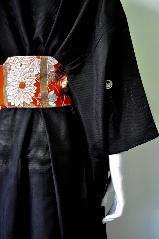 Authentic Hand Made Japanese Kimono from Tokyo For Sale 2
