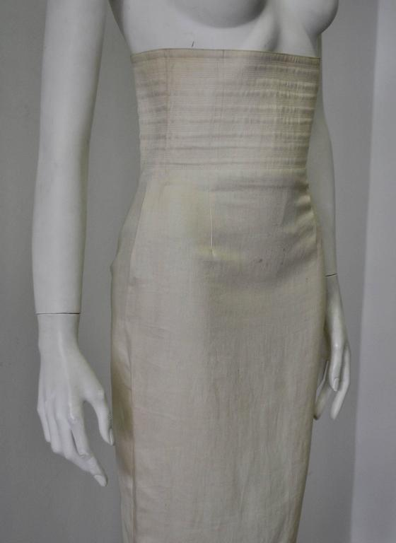 Gianni Versace Biege High Waisted Linen Skirt In New Never_worn Condition For Sale In Athens, Agia Paraskevi