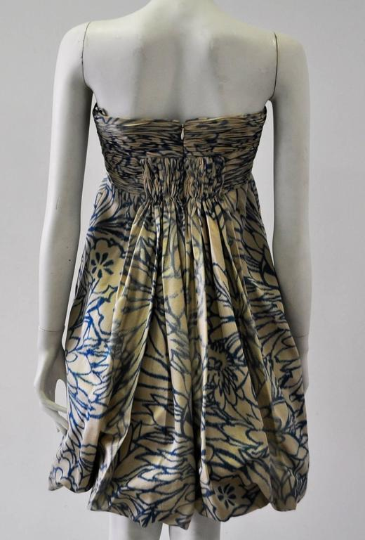 Gray Unique Oscar de la Renta Strapless Floral Print Bubble Skirt Dress For Sale