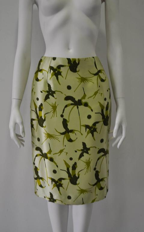 Elegant and Unique Gianni Versace Couture Frond Print Silk Pencil Skirt 3
