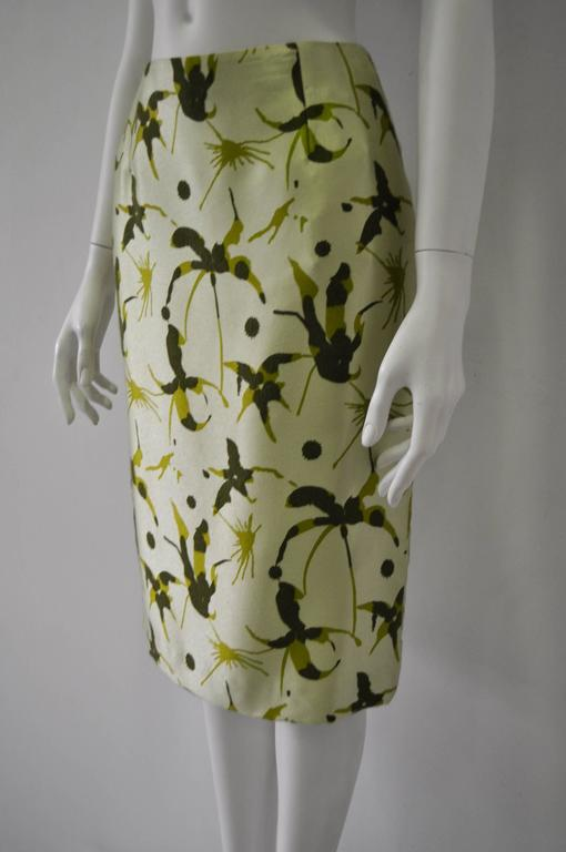 Elegant and Unique Gianni Versace Couture Frond Print Silk Pencil Skirt 4