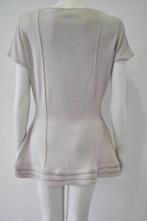 Women's Original Claude Montana Lilac Spaced Aged Ribbed Hem Peplum Top For Sale