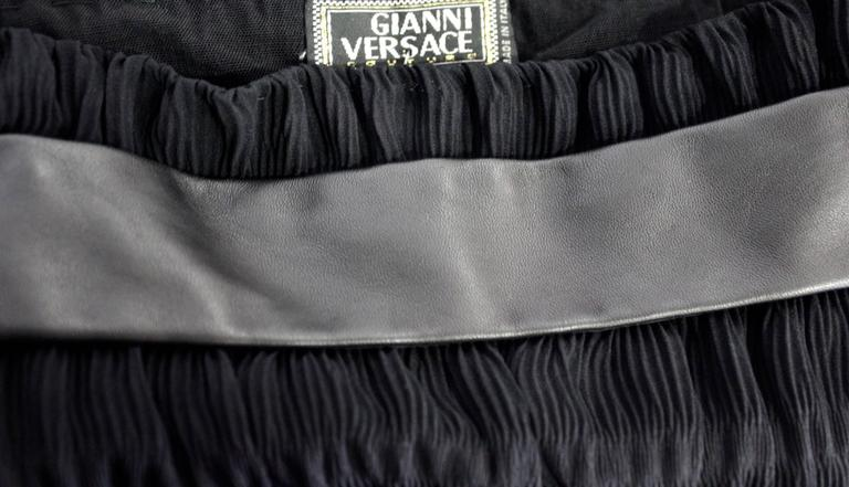 Unique Gianni Versace Couture Chiffon Pleated Leather Panelled Bodice 1996 For Sale 2