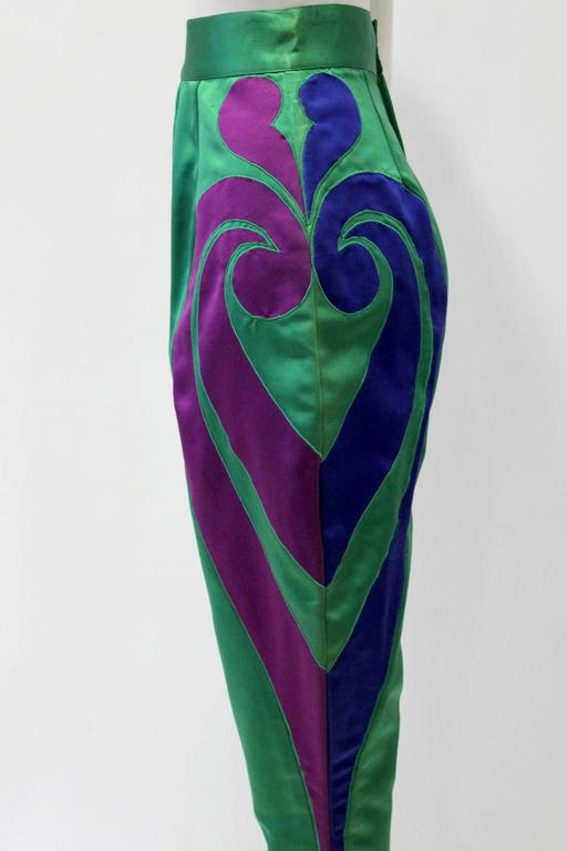 One Of A Kind Gianni Versace Silk Applique Jodhpurs Spring 1990 In Excellent Condition For Sale In Athens, GR