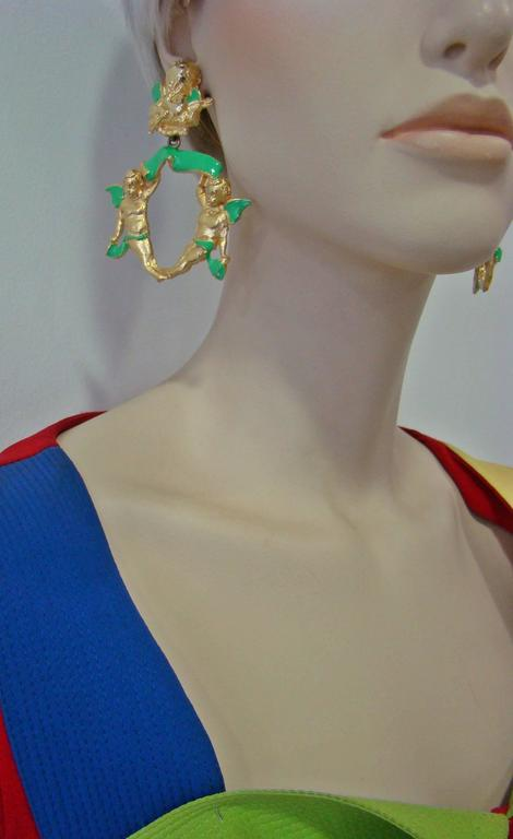Very Rare Gianni Versace Ugo Correani Cherub Drop Earrings 1990 In New Never_worn Condition For Sale In Athens, Agia Paraskevi