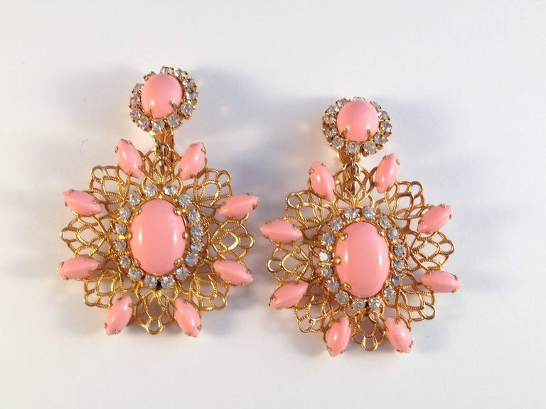 Amazing 1960s Kenneth Jay Lane Pink Chandelier Earrings For Sale 2