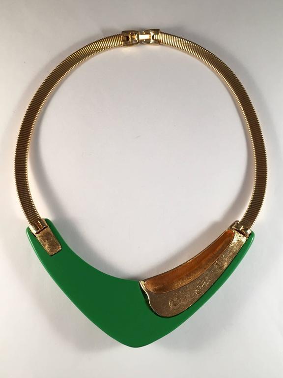 1970s Monet Modernist Necklace Green Lucite 4