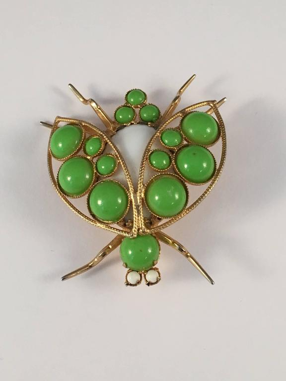 1960s Kenneth Jay Lane Green Bug Brooch In Good Condition In Chicago, IL