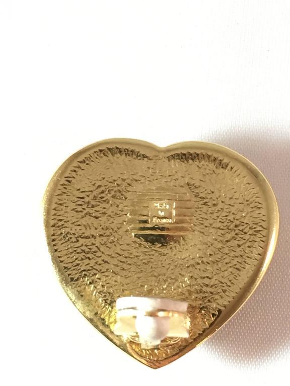 1980s Yves Saint Laurent Green Glass Heart Clip On Earrings For Sale 1