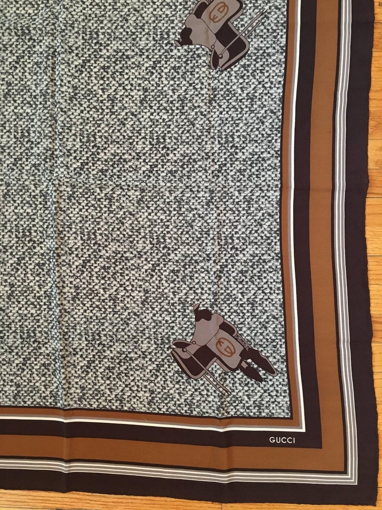 Gucci 1970s Scarf in Original Box with Orginal Tissue and Receipt 4