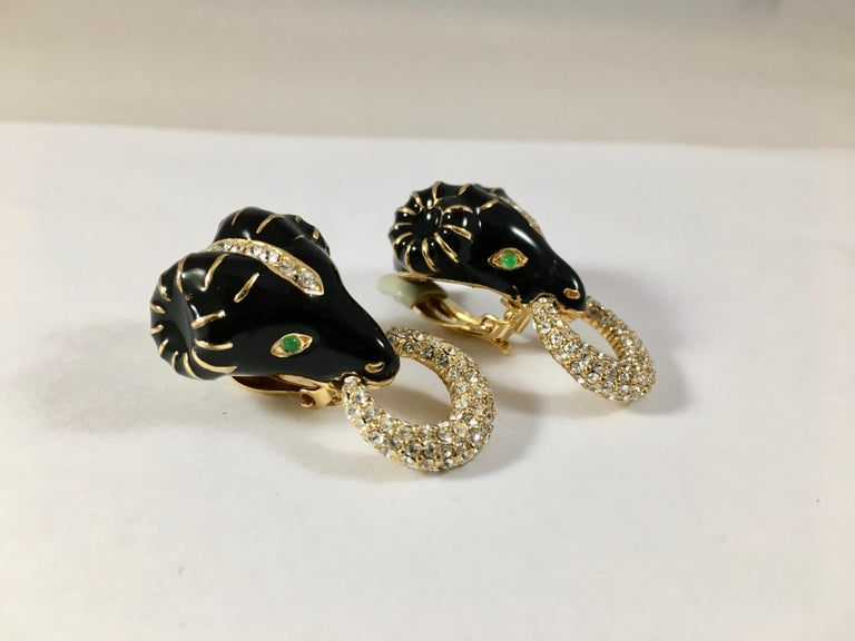 Ciner Rams Head Clip-On Earrings, 1980s In Excellent Condition For Sale In Chicago, IL