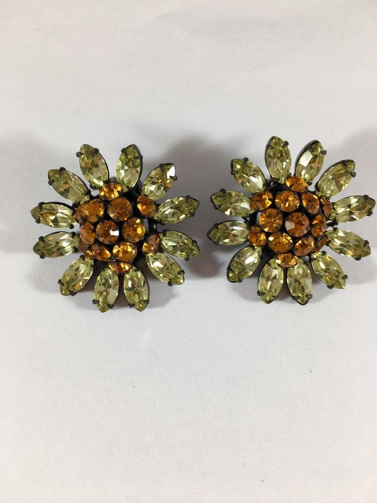Schreiner Green and Orange Flower Earrings, 1960s For Sale 2