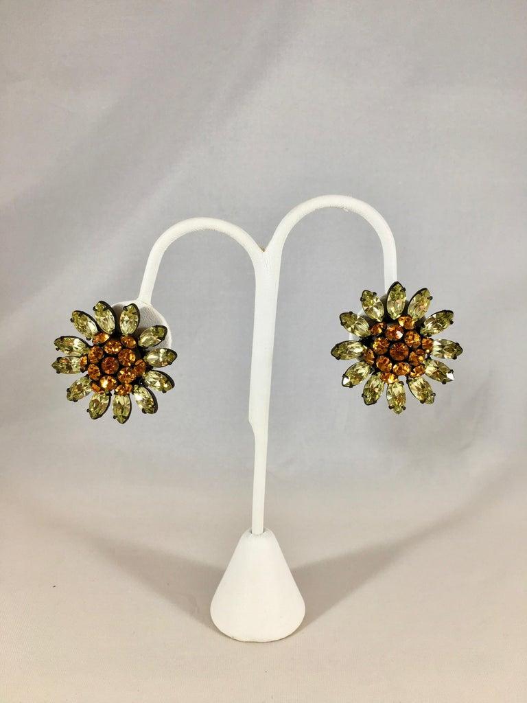 Schreiner Green and Orange Flower Earrings, 1960s For Sale 4