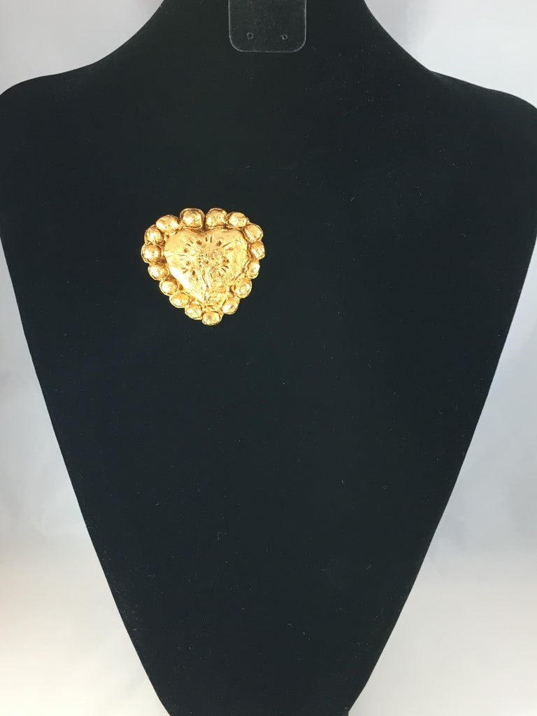 Christian Lacroix Goldtone Heart Brooch, 1990s For Sale 6
