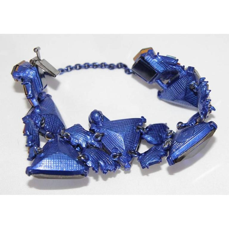 Rare & gorgeous Christian Lacroix bracelet of the 90s In Excellent Condition For Sale In Verviers, BE
