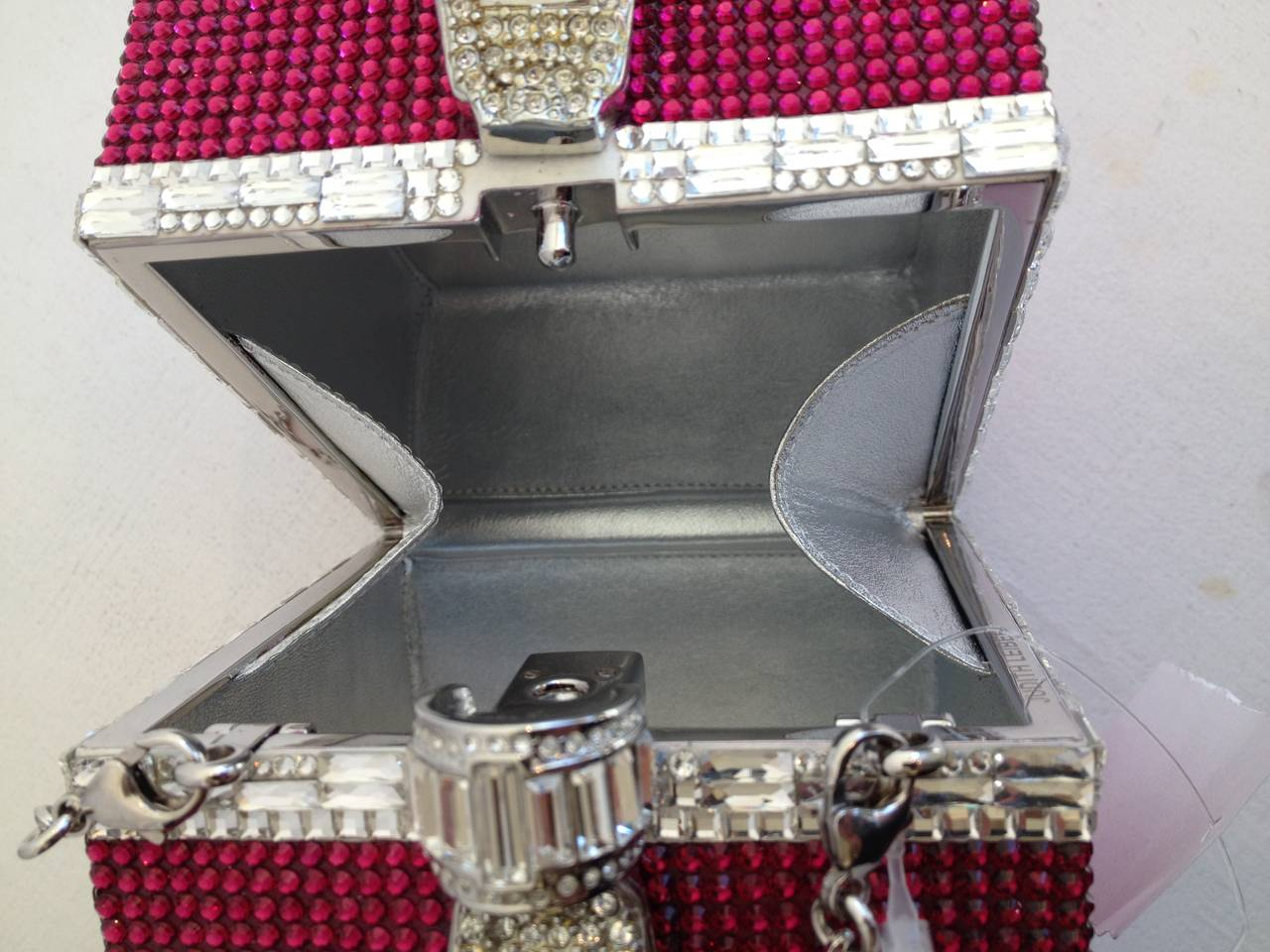 Judith Leiber Pink and Clear Rhinestone Present Clutch In Excellent Condition For Sale In San Francisco, CA