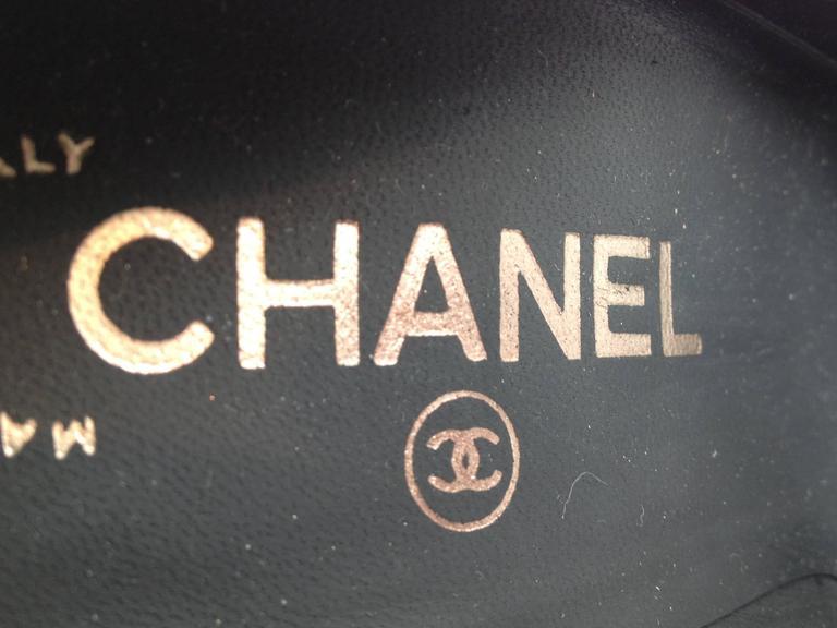 Chanel Grey Suede Cap-Toe Pumps For Sale 3