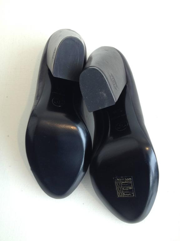 Chanel Black Patent Leather Cap-Toe Pumps 7