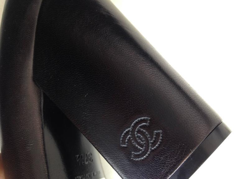 Chanel Black Patent Leather Cap-Toe Pumps 6