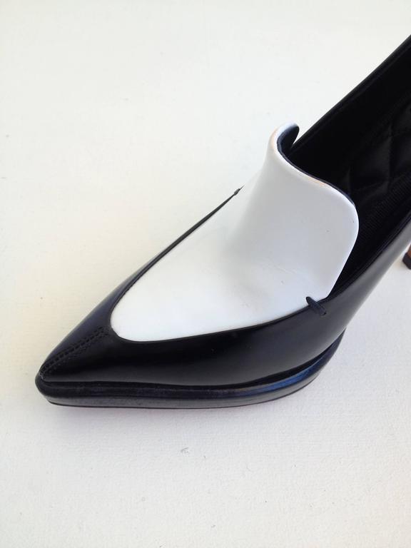 Celine Black and White Pumps Size 37.5 (7) For Sale 1
