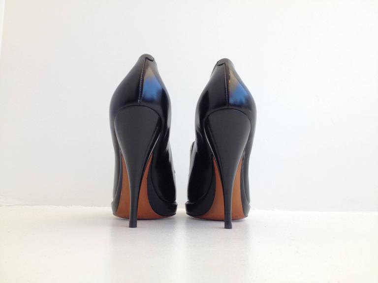 Celine Black and White Pumps Size 37.5 (7) 4