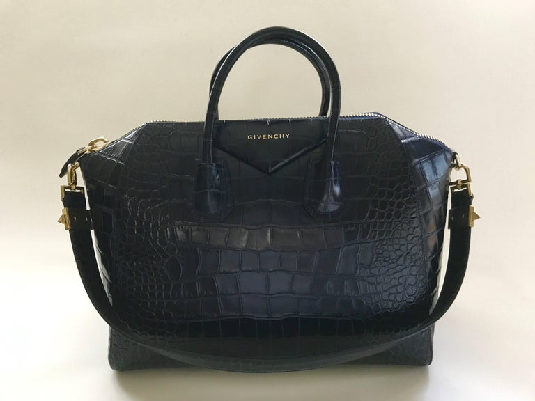 Givenchy Midnight Blue Antigona Bag Large For Sale 2