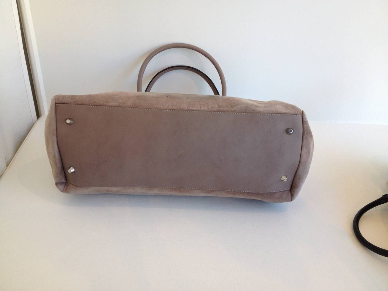 1stdibs Brunello Cucinelli Taupe Leather Bag VVXz1dw