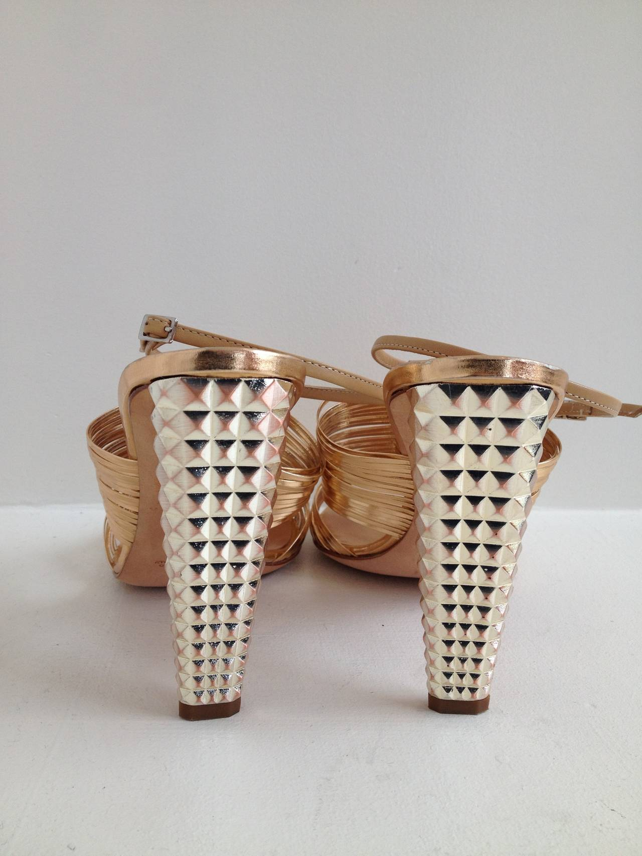Giuseppe Zanotti Rose Gold Sandals with Studded Heel In New Never_worn Condition For Sale In San Francisco, CA
