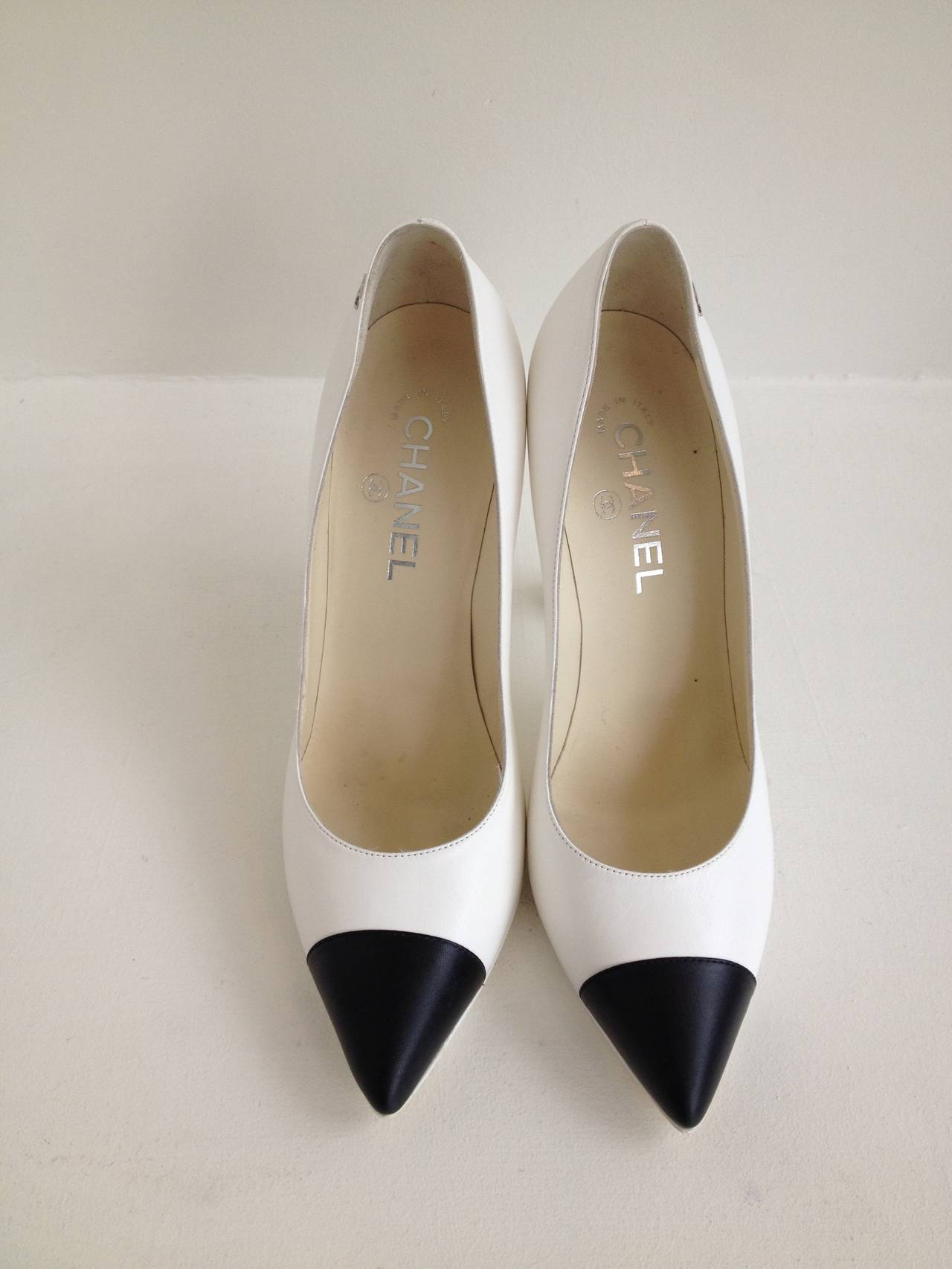 Chanel White Leather Knot Heels At 1stdibs