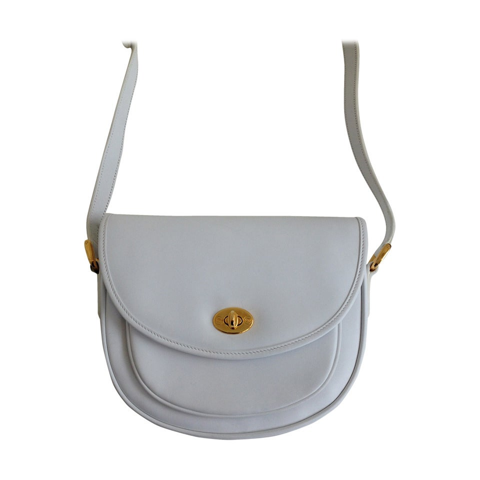 f869d8c11c0 Gucci White Leather Vintage Crossbody Saddle Bag at 1stdibs