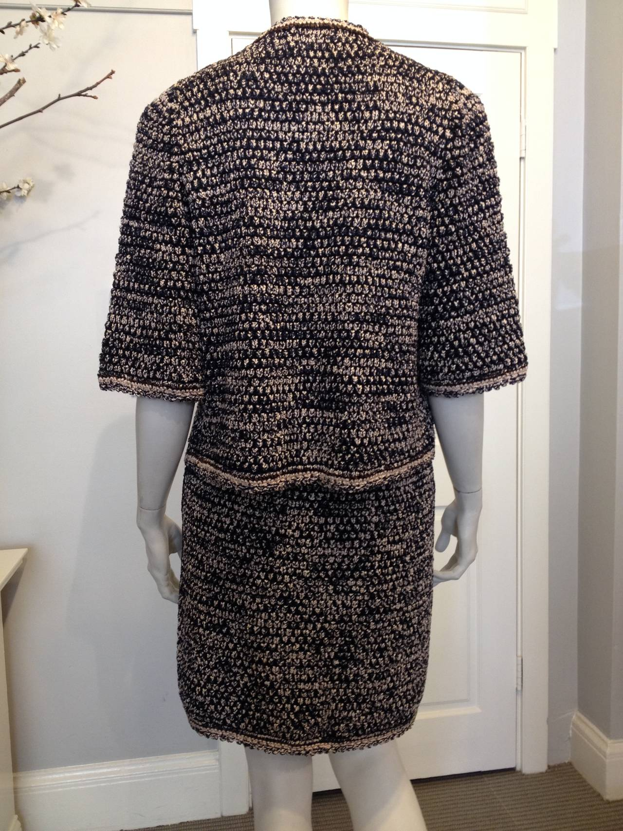 Chanel Navy and Pink Knit Skirt Suit In Excellent Condition For Sale In San Francisco, CA
