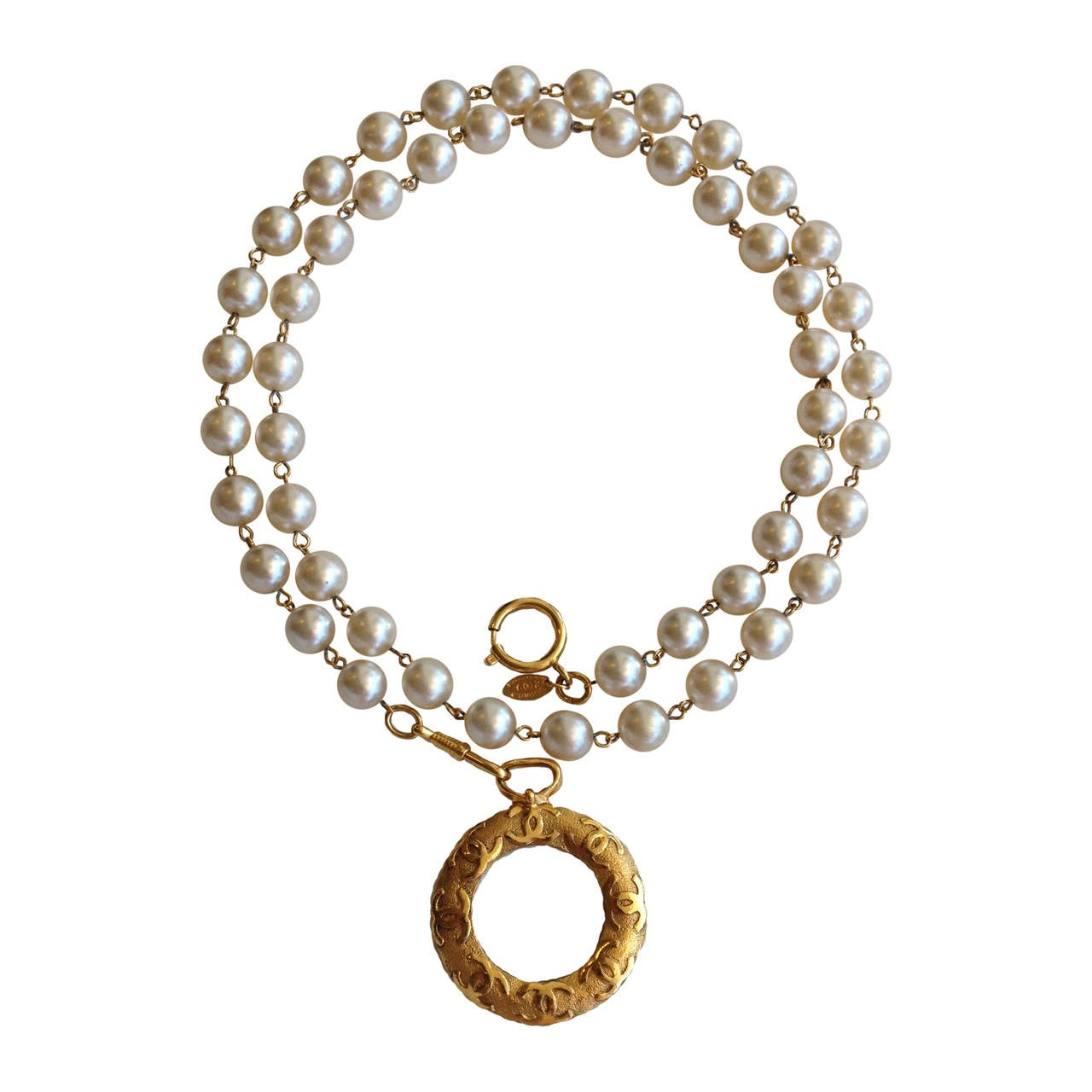 Chanel Pearl Necklace With Gold Tone Magnifying Glass Pendant 1