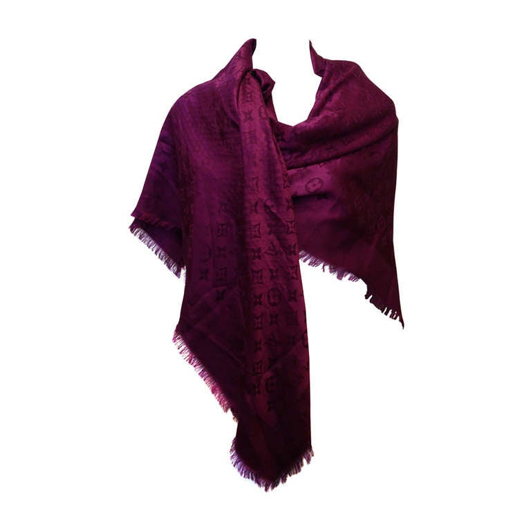 1e1d062ff3 Louis Vuitton Magenta Monogram Shawl