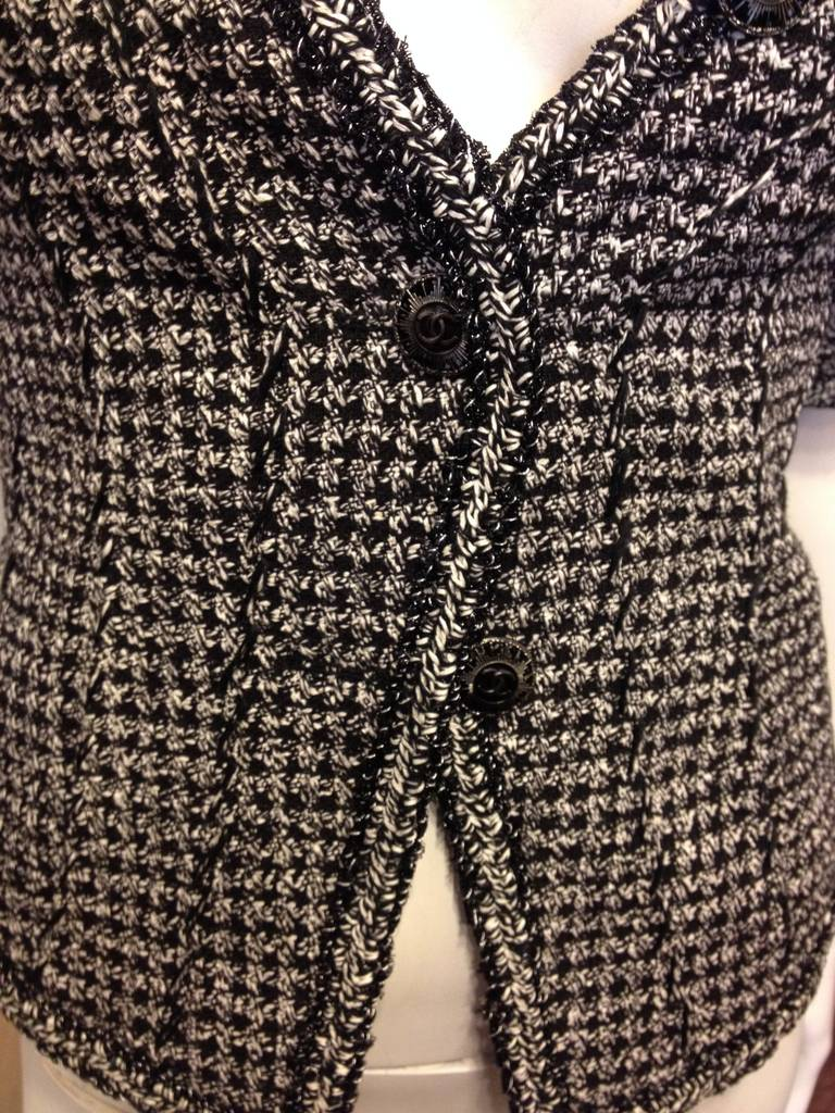 Chanel Black and White Tweed Fitted Jacket 2