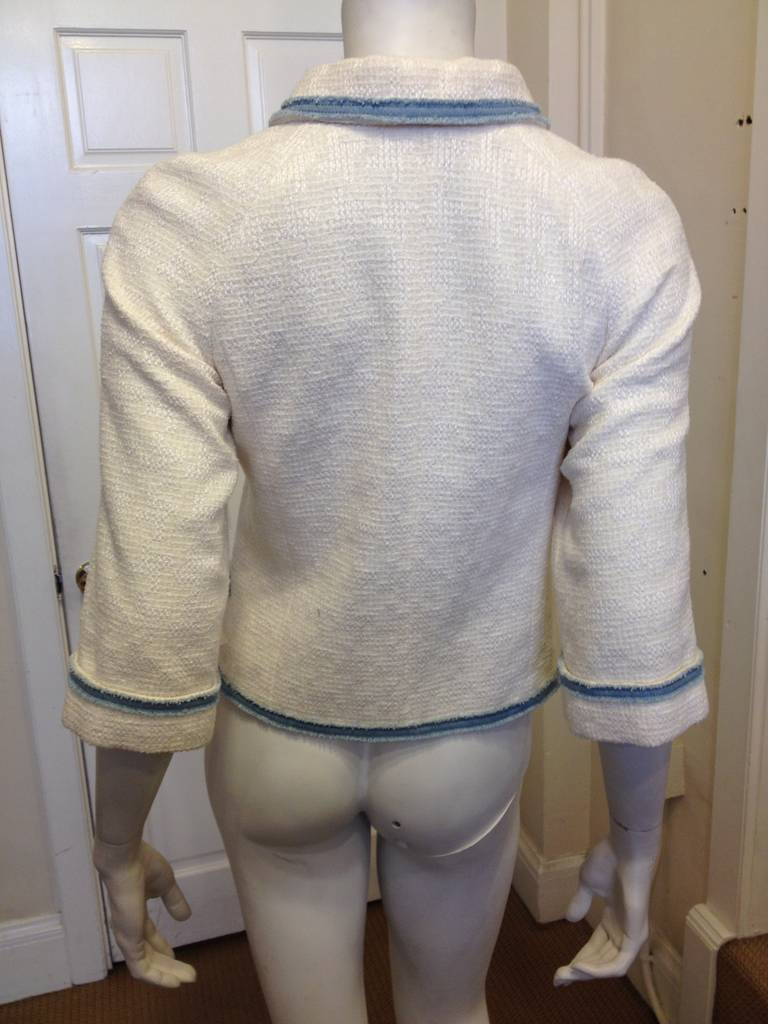 Women's Chanel White Tweed Jacket with Blue Denim Trim For Sale