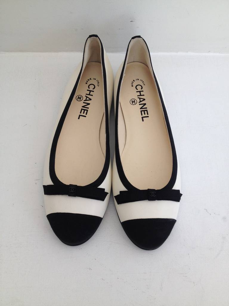 Chanel Black and White Leather Ballet Flats 2