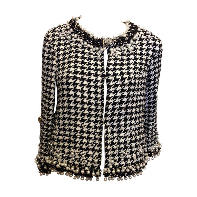Chanel Black and White Houndstooth Jacket with Pearls at ...