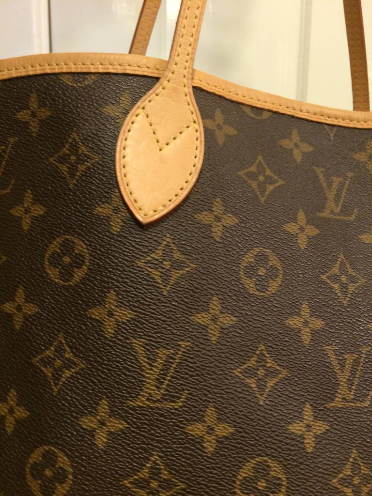 Louis Vuitton Neverfull Monogrammed Tote 2