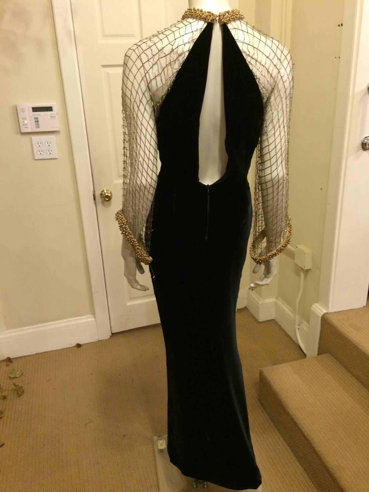 Oscar de la Renta Black Velvet Gown with Gold Netting 5