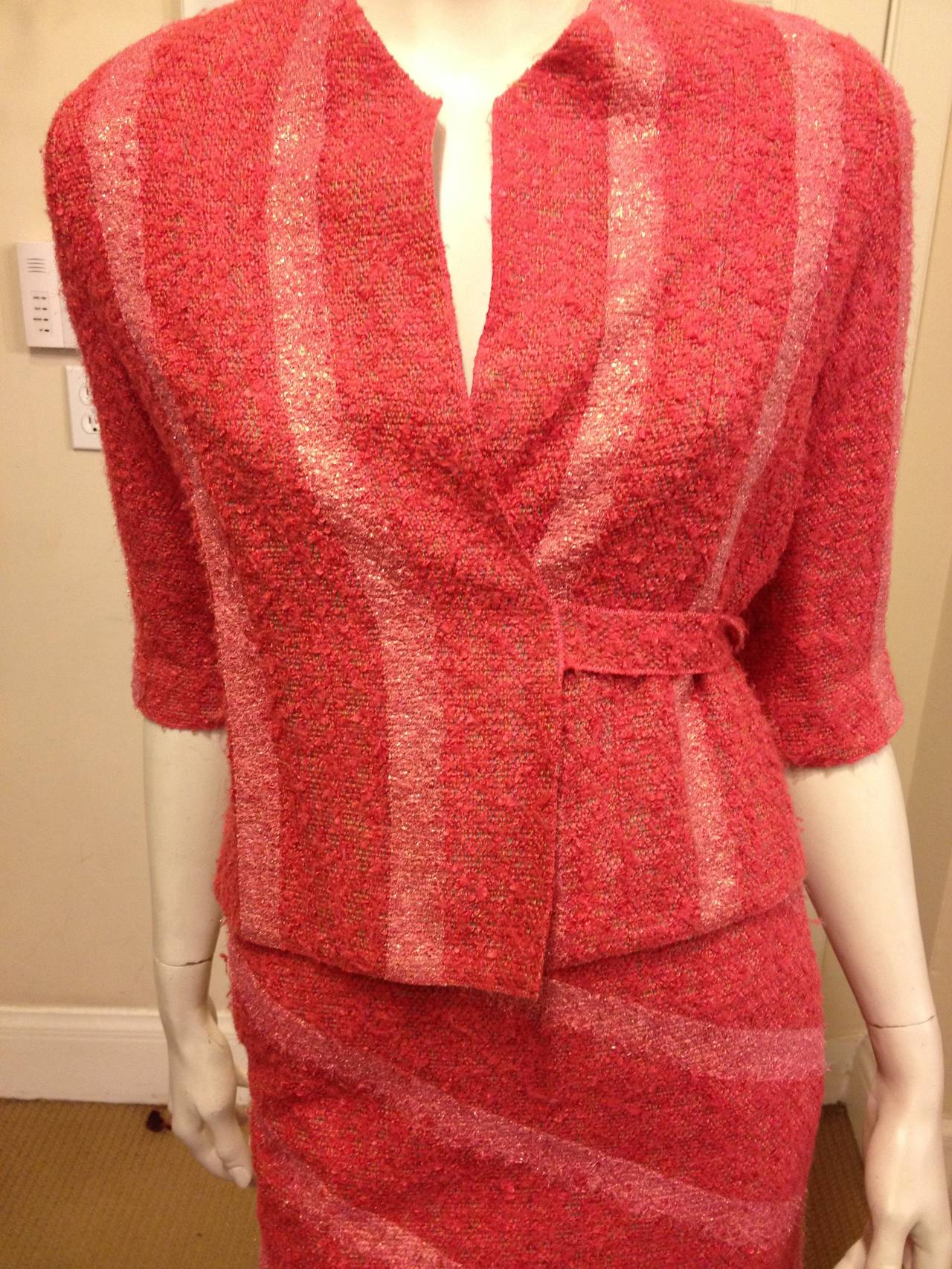 Chanel coral tweed suit with sparkly stripes at 1stdibs for Chanel collection miroir 4179