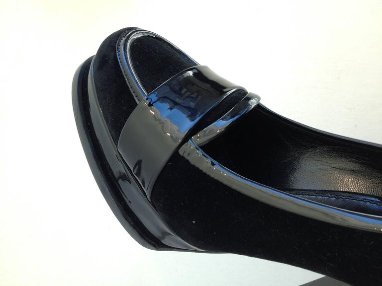 Yves Saint Laurent Black Velvet and Patent High Heel Loafers Size 36.5 (6) For Sale 1