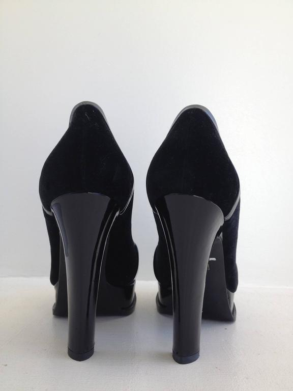Yves Saint Laurent Black Velvet and Patent High Heel Loafers Size 36.5 (6) 4