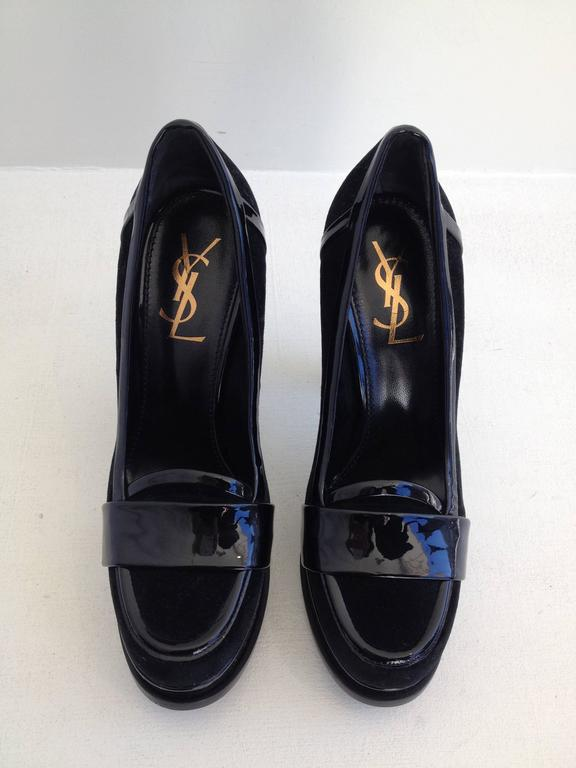 These shoes are the perfect complement to any look. Short cut velvet is luxurious but easy to maintain, while the shiny black patent adds the perfect contrast. The loafer heel style is a little bit 90s but also totally contemporary. The platform is